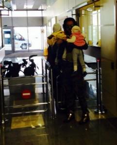 Филипп Киркоров показал своих маленьких детей (ФОТО)